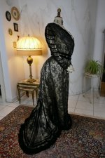 32 antique evening dress 1903