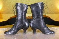 7 antique boots 1899