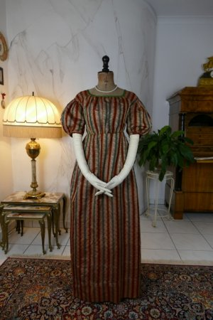 antique romantic Period dress 1825