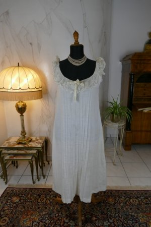 antique negligee 1904