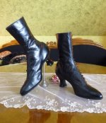 12 antique button boots