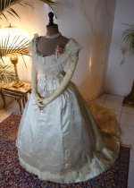 civil war dress, dress 1860, dress 1865, gown 1865, gown 1860, ballgown 1860, evening dress 1860, evening gown 1865, antique gown