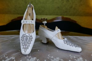 antique wedding shoes 1904