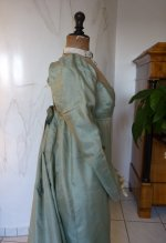 35 antique silk dress 1800