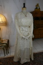2 antique wedding dress Barcelona 1908