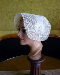 antique bonnet 19th century
