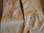 5 antique-embroidered-gloves