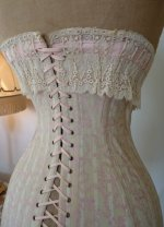 17 antique corset 1908
