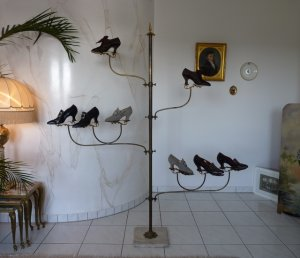 antique shoe display 1895