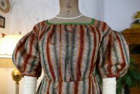 10 antique romantic Period dress 1825