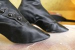 10 antique Facundo Garcia button boots 1879