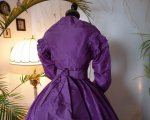22 antique dress 1865