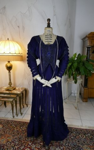 antique afternoon dress 1906