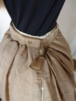 103 antikes Reisekleid 1879