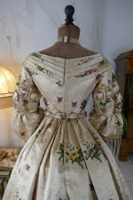 31 antique court dress 1838
