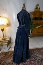 37 antique walking dress 1899