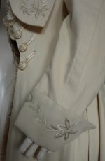 73 antique manteau