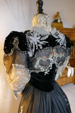 40 antique Gustave Beer gown 1906