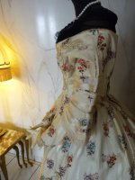 42 antique romantic period dress 1839