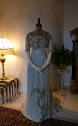 antique gown Lafferiere 1908