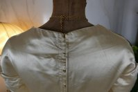 22 antique wedding dress 1845