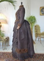 23 antique gown 1880