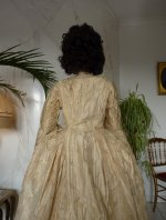 60 romantic period mannequin