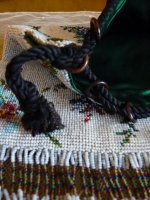 4 antique-beaded-bag