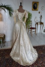 39 antikes Opernkleid 1890