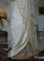 4a antique wedding gown