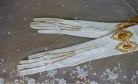 2 antique gloves 1890