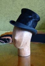 1 antique milliner wooden head