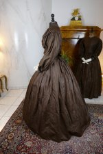 17 antique afternoon dress 1840