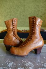 5 antique RADCLIFFE boots 1916