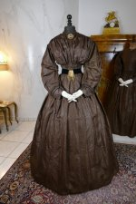 7 antique afternoon dress 1840