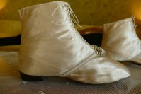 15 antique wedding boots 1818