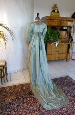 27 antique silk dress 1800