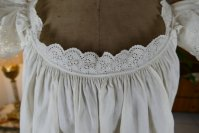 5 antique camisole 1860