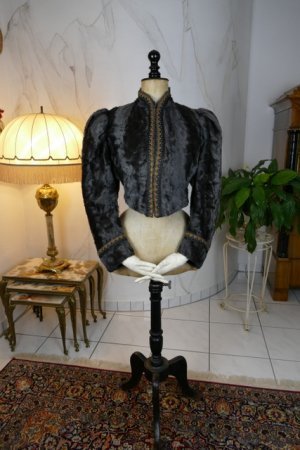 antique jacket 1904
