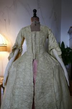 8 antique robe a la francaise 1770