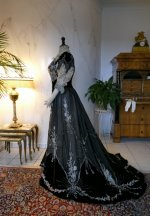 28 antique Gustave Beer gown 1906