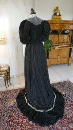 25 antique evening gown 1896