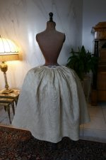 58 antique robe a la Francaise 1770