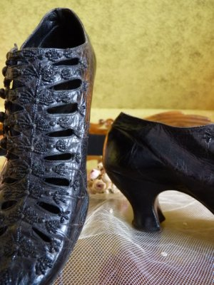 antique shoes, shoes 1895, shoes 1900, victorian shoes, antieke schoenen, antique evening shoes