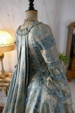 33 antique robe a la francaise 1770