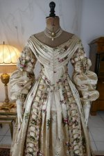 21 antique court dress 1838