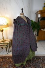 37antique hooded cape 1790