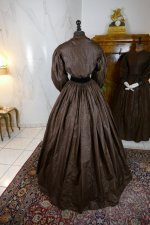 20 antique afternoon dress 1840