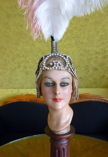 revue headpiece with plumes 1920s. Black Bedroom Furniture Sets. Home Design Ideas