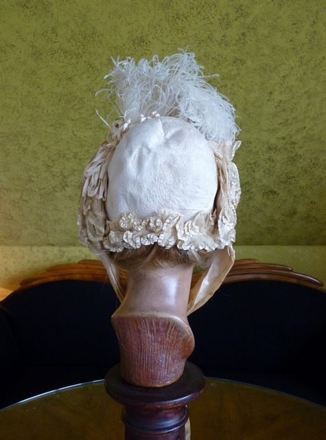 Wedding Bonnet, Paris, ca. 1875 - www.antique-gown.com